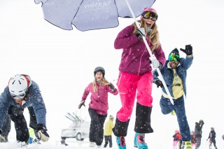 Get a 40% off your ski passes for any accommodation booking through us