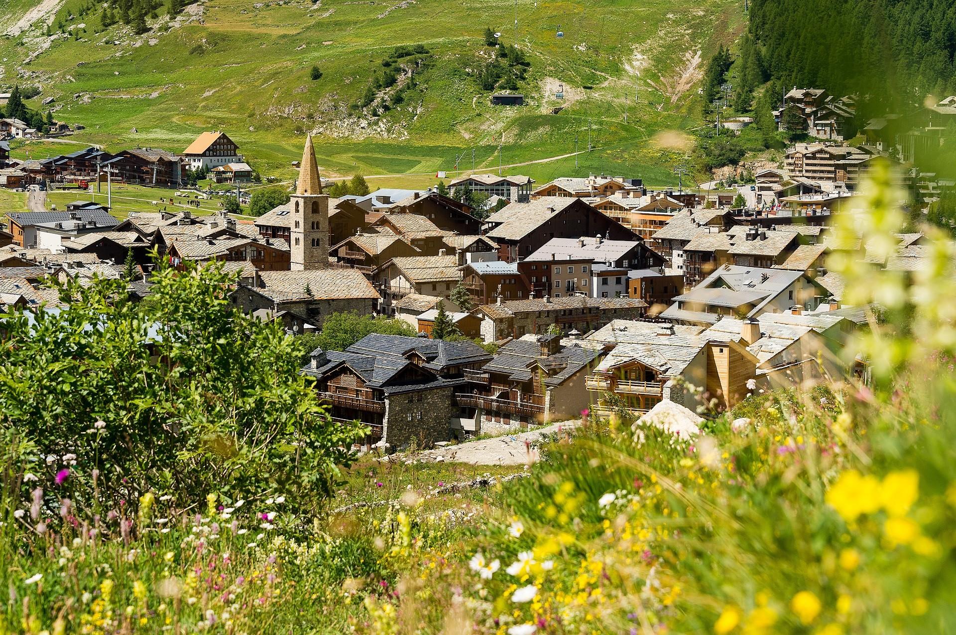 Village de Val d'Isere l'été