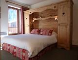 Chambre Hôtel 2 étoiles Les Lauzes Val d'Isère
