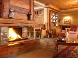 Fire place of the 2 stars Hôtel Les Lauzes Val d'Isère
