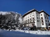 bellier ; hôtel ; val d'isere ; façade ; hiver