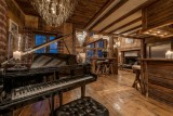 lounge-piano-8553