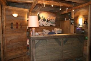 Reception Desk of the 3 stars hotel auberge st hubert Val d'Isère Savoie Alpes