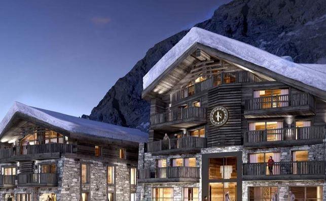 facade-hotel-31944