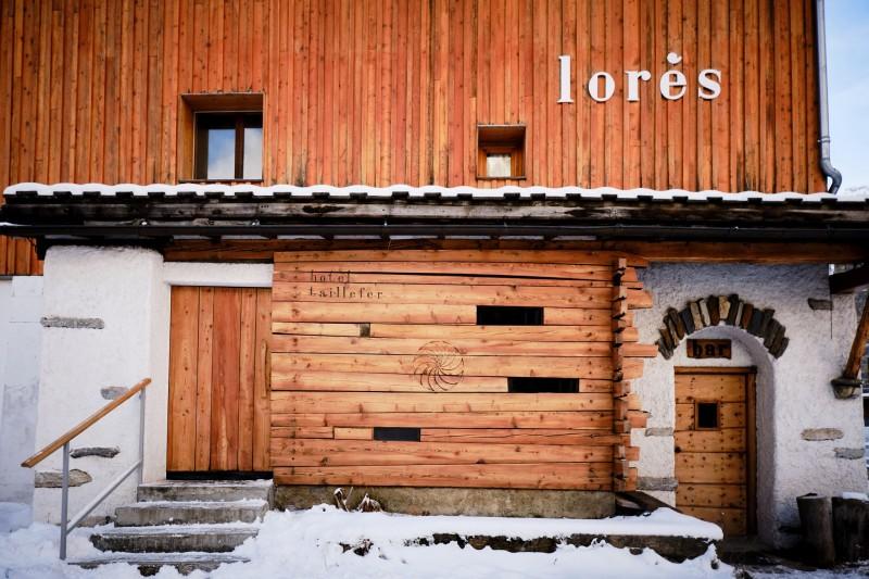 facade-lores-35119