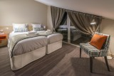 0006-14-tristanshu-redim-1194x797-334-4p8-chambre-twin-sous-toit-5995250