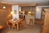 cuisine-chalet-les-alpes-val-d-isere-2-644-667