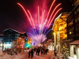 feu-d-artifice-couleur-village-val-d-isere-5475250