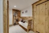 ski-room-6054820