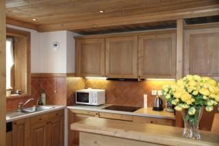 cuisine-chalet-les-alpes-val-d-isere-1-643-678