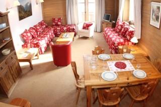 Living room, Les Alpes Chalet, Val d'Isère